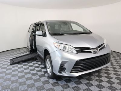 New Wheelchair Van for Sale - 2018 Toyota Sienna LE Standard Wheelchair Accessible Van VIN: 5TDKZ3DC6JS901098