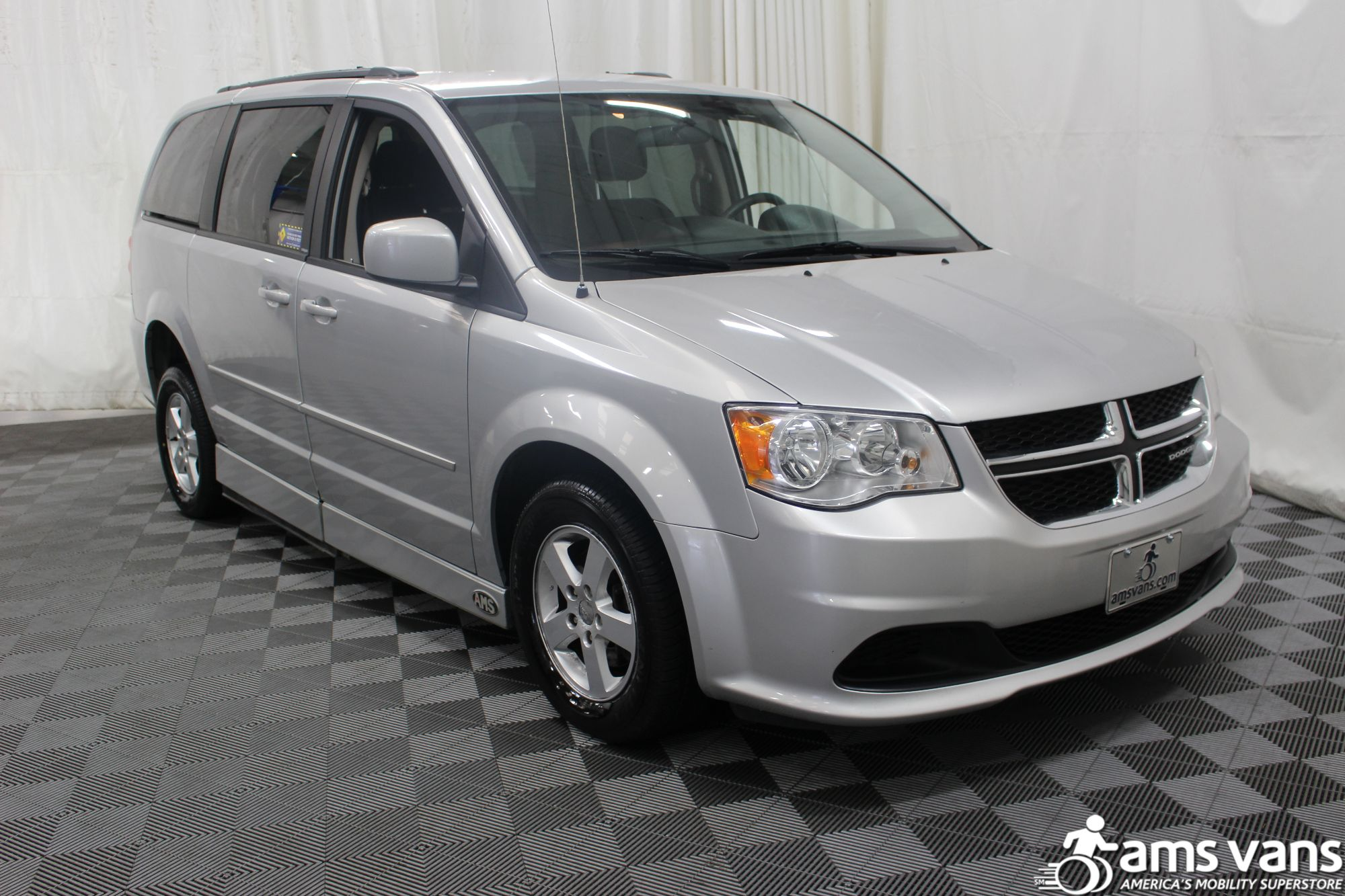 2011 Dodge Grand Caravan Mainstreet Wheelchair Van For Sale #7
