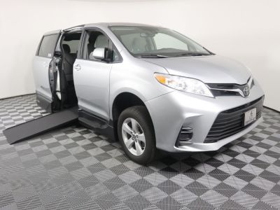 New Wheelchair Van for Sale - 2019 Toyota Sienna LE Standard Wheelchair Accessible Van VIN: 5TDKZ3DC5KS004033