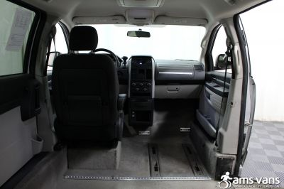 2008 Dodge Grand Caravan Wheelchair Van For Sale -- Thumb #7