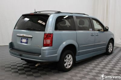 2010 Chrysler Town and Country Wheelchair Van For Sale -- Thumb #13