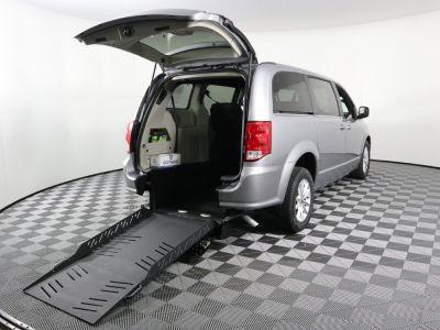 Commercial Wheelchair Vans for Sale - 2019 Dodge Grand Caravan SXT ADA Compliant Vehicle VIN: 2C4RDGCG6KR660209
