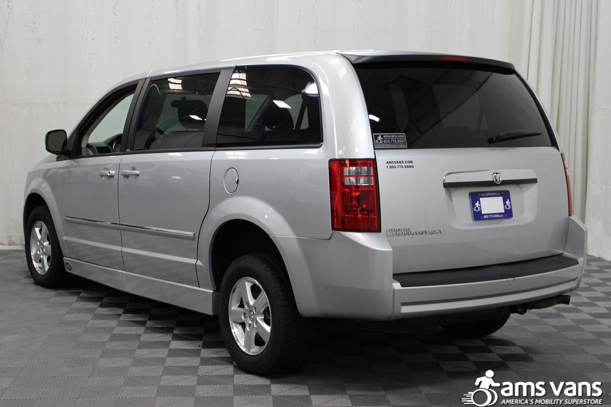 2008 Dodge Grand Caravan SXT Wheelchair Van For Sale #14