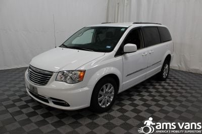 2014 Chrysler Town and Country Wheelchair Van For Sale -- Thumb #16