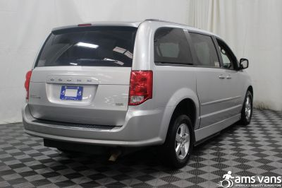 2011 Dodge Grand Caravan Wheelchair Van For Sale -- Thumb #9