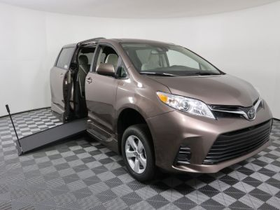 New Wheelchair Van for Sale - 2020 Toyota Sienna LE Mobility Wheelchair Accessible Van VIN: 5TDKZ3DC5LS082362