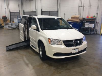 Wheelchair Van - Used 2011 Dodge Grand Caravan BR709120 - MobilityWorks