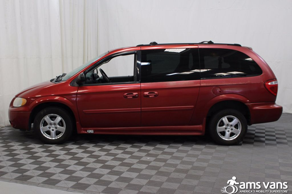 2005 Dodge Grand Caravan SXT Wheelchair Van For Sale #6