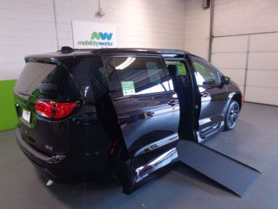 Wheelchair Van New 2019 Chrysler Pacifica Kr633443