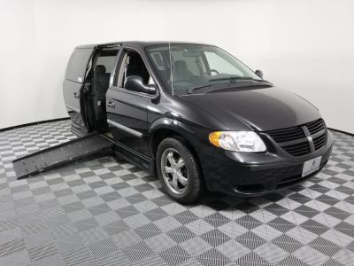 Used Wheelchair Van for Sale - 2005 Dodge Grand Caravan SE Wheelchair Accessible Van VIN: 1D4GP24R75B264538