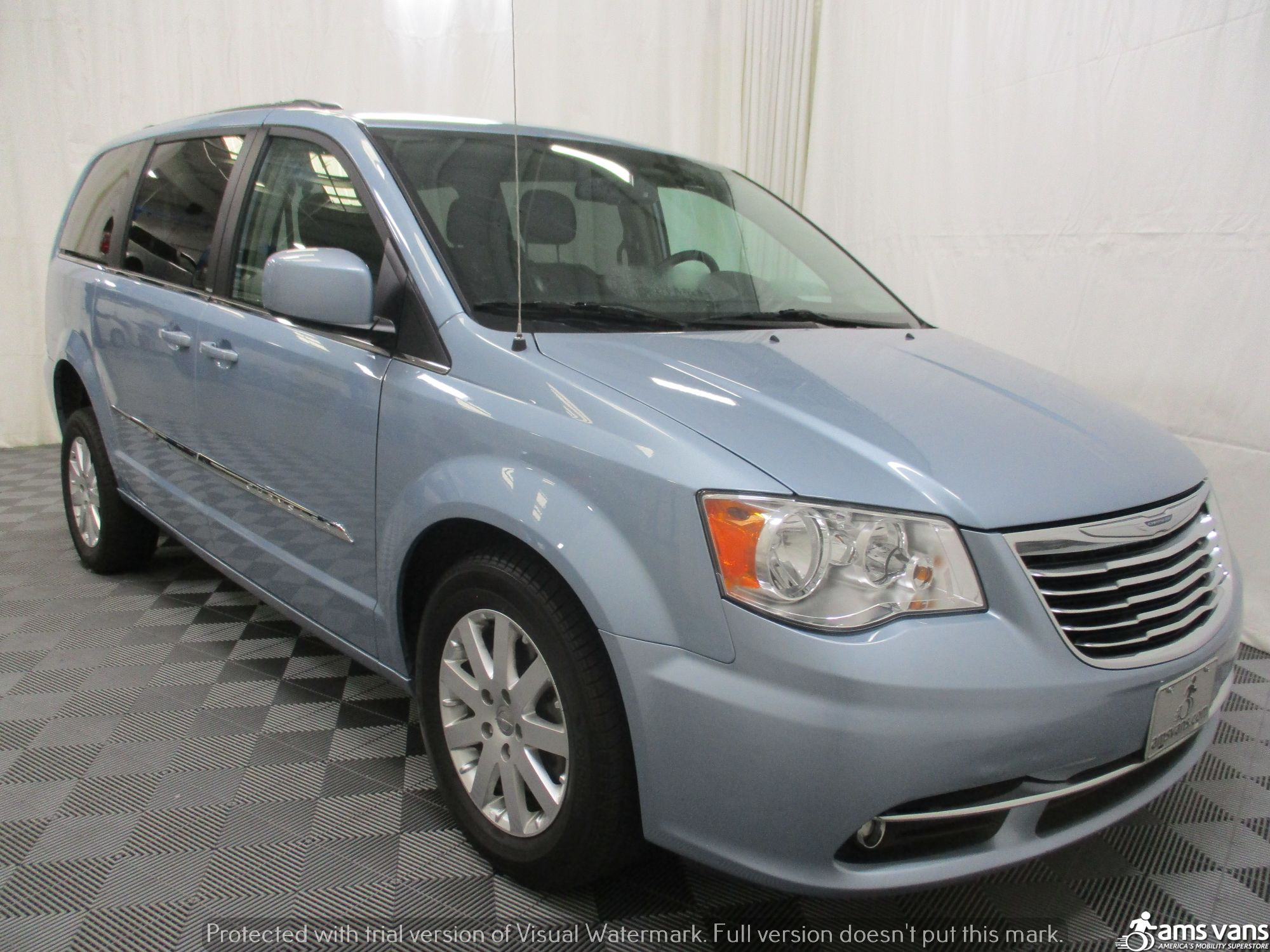2013 Chrysler Town and Country Wheelchair Van For Sale #8