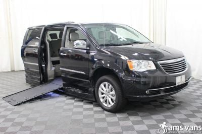 Used 2016 Chrysler Town & Country Limited Platinum Wheelchair Van