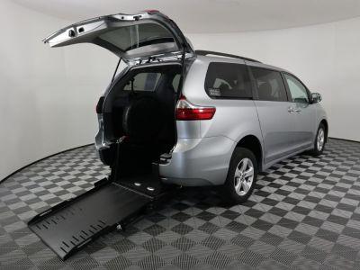 Commercial Wheelchair Vans for Sale - 2020 Toyota Sienna LE ADA Compliant Vehicle VIN: 5TDKZ3DC9LS055844