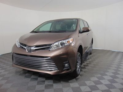 New Wheelchair Van for Sale - 2020 Toyota Sienna XLE Wheelchair Accessible Van VIN: 5TDYZ3DC5LS082940
