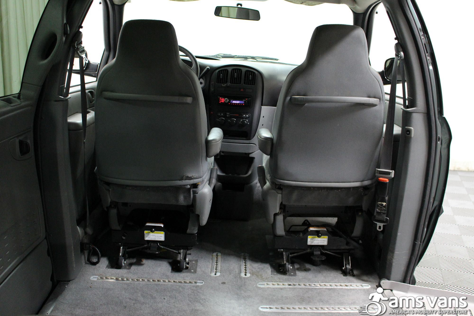 2004 Dodge Grand Caravan SE Wheelchair Van For Sale #6