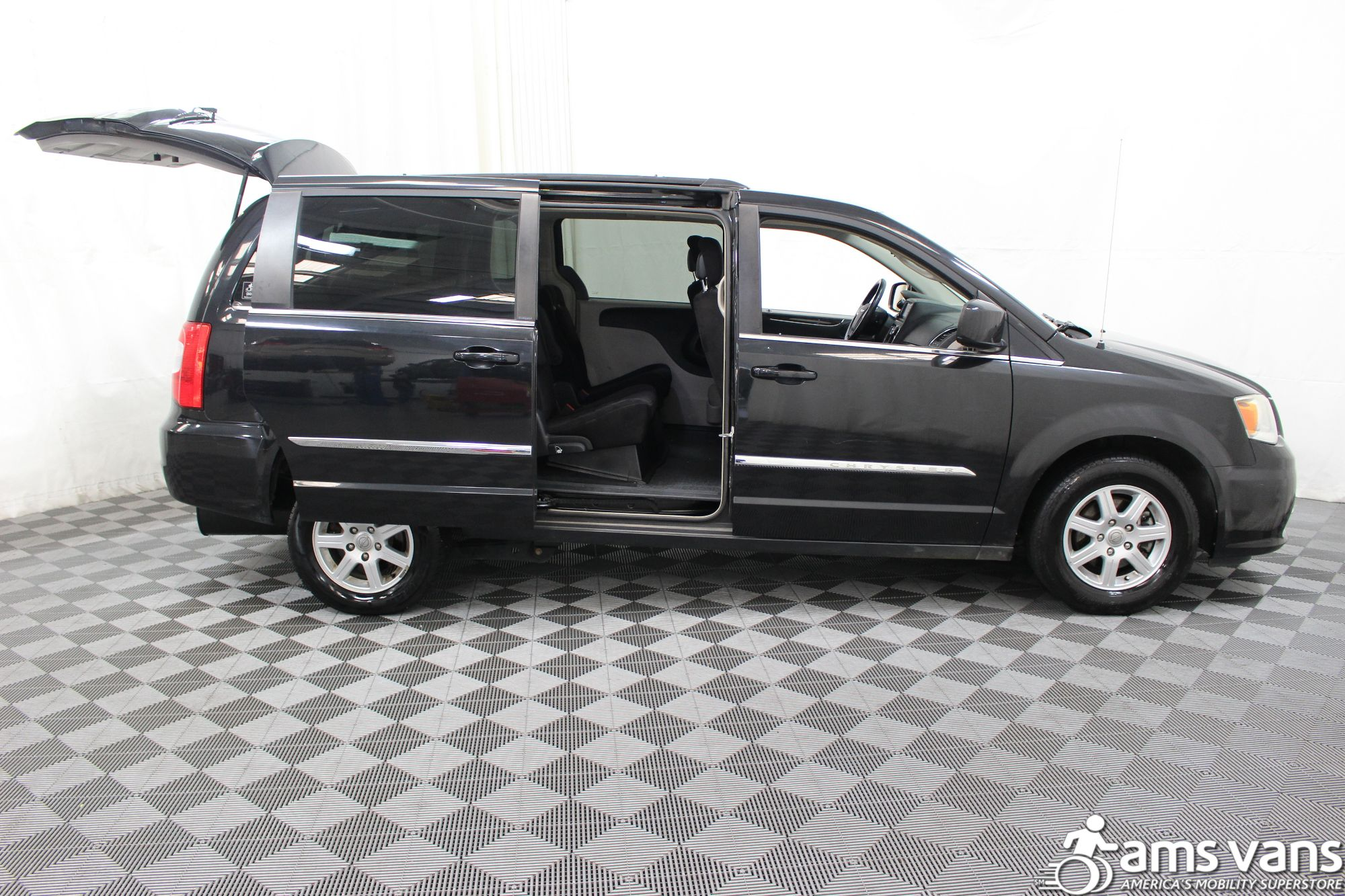 2011 Chrysler Town and Country Touring Wheelchair Van For Sale #6