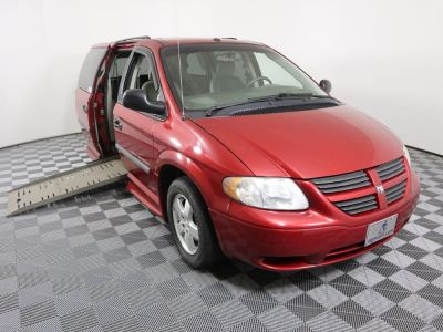 Used Wheelchair Van for Sale - 2006 Dodge Grand Caravan SE Wheelchair Accessible Van VIN: 1D4GP24R96B734909