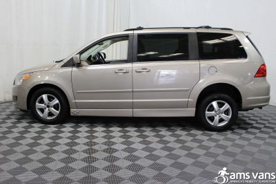 2009 Volkswagen Routan Wheelchair Van For Sale -- Thumb #17