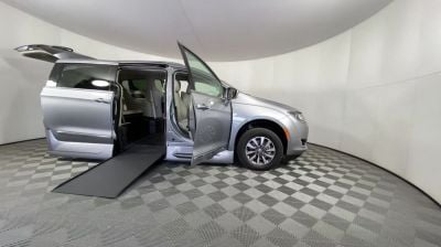 New Wheelchair Van for Sale - 2020 Chrysler Pacifica Touring-L Plus Wheelchair Accessible Van VIN: 2C4RC1EG2LR217313