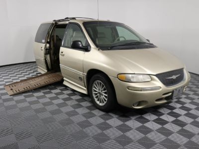 Used Wheelchair Van for Sale - 2000 Chrysler Town & Country LXI Wheelchair Accessible Van VIN: 1C4GP54LXYB641541