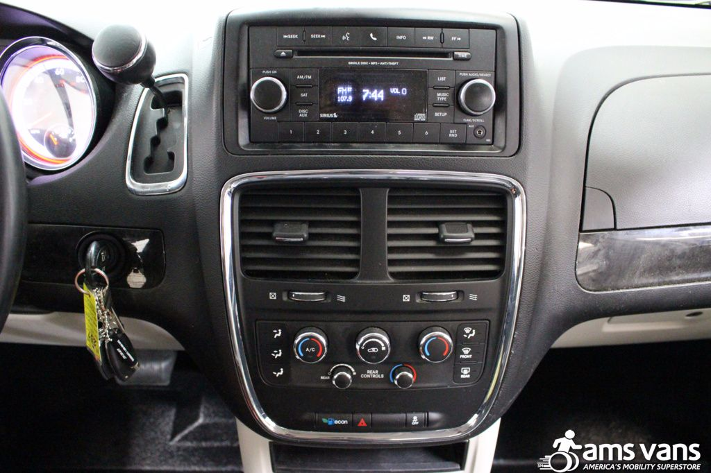 2013 Dodge Grand Caravan SXT Wheelchair Van For Sale #21