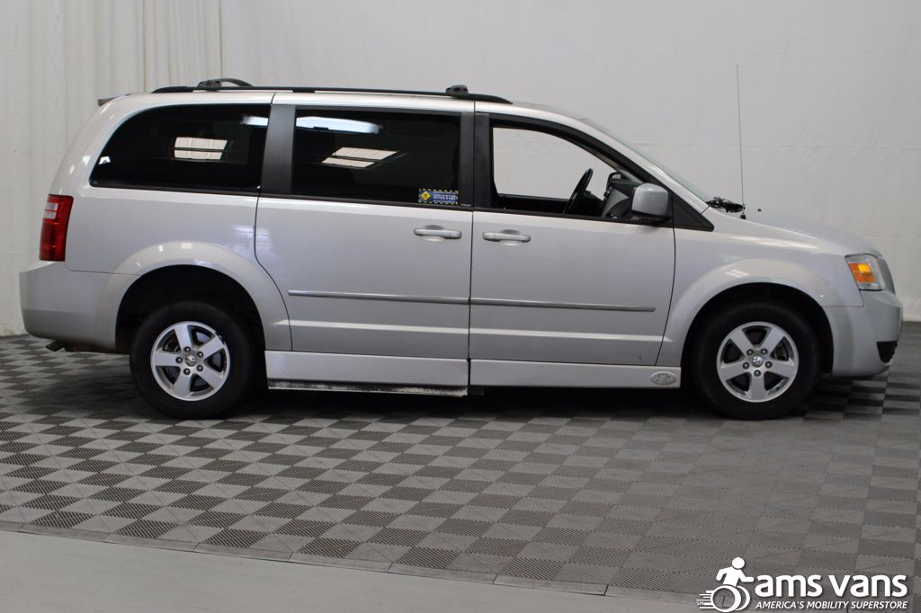2010 Dodge Grand Caravan SXT Wheelchair Van For Sale #8