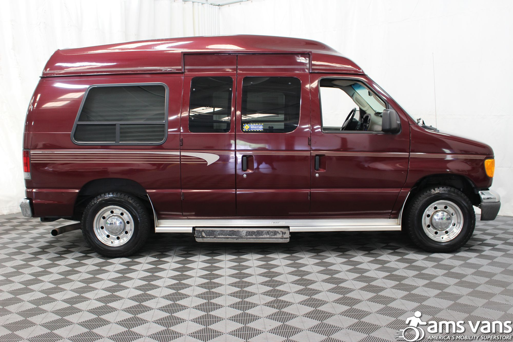2005 Ford E-Series Chassis E-250 SD Wheelchair Van For Sale #14